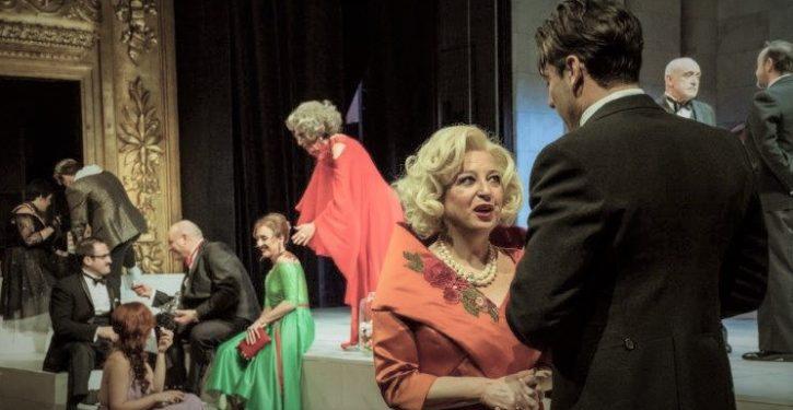 """Reseña de """"El ángel exterminador"""" de Luis Buñuel. Teatro Español. Madrid 02/02/18."""